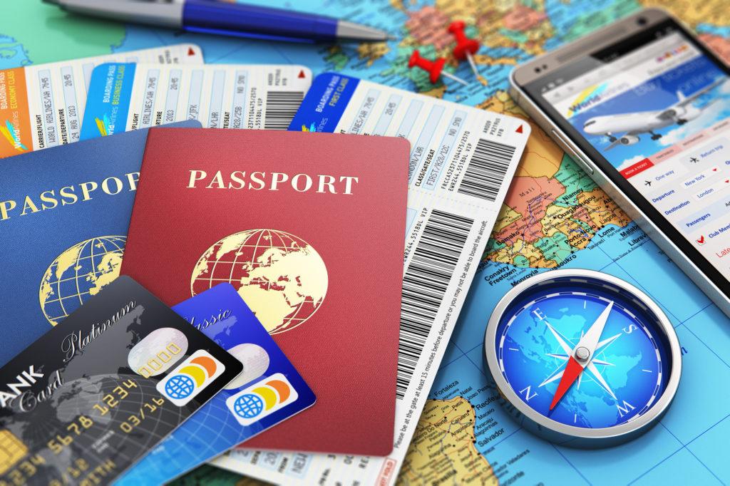 паспорт и кредитная карта